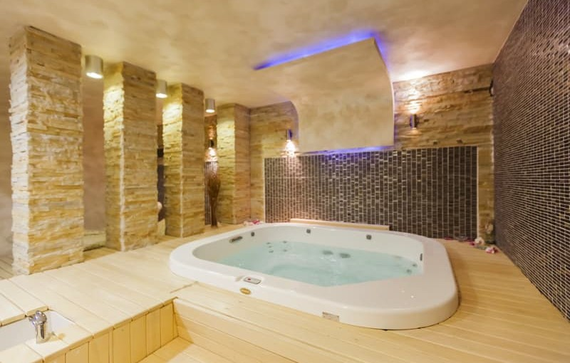 Hot Tubs, Pools, & Outdoor Wiring
